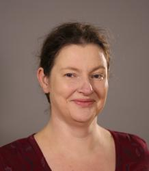 Photo of Dr Fiona Cox