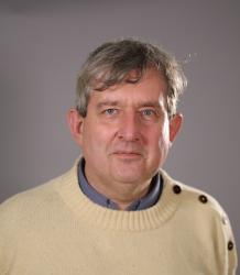 Photo of Professor Derek Flitter