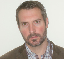 Photo of Professor Jason Hall