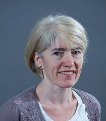Photo of Dr Jo Gill