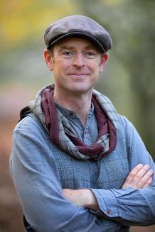 Photo of Dr James Kelly