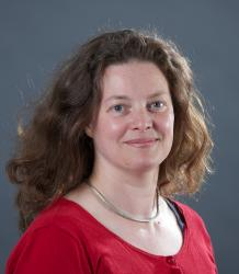 Photo of Dr Rebecca Langlands
