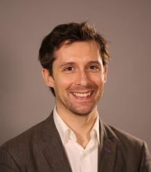 Photo of Dr Richard Mansell
