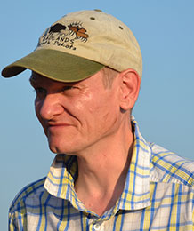 Photo of Professor Alan Outram