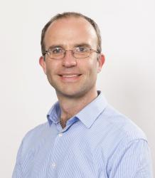 Photo of Dr Richard Noakes